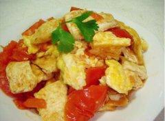 番茄鸡蛋炒豆腐的做法视频