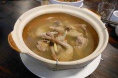 乳鸽汤的做法
