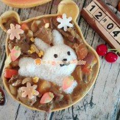 卡通兔咖喱牛肉饭的做法