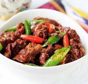 过年硬菜推荐:红焖羊肉的家常做法