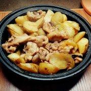 塔吉锅版土豆焖鸡腿的做法