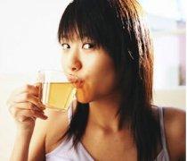 【椰子油漱口】椰子油漱口的好处_椰子油漱口的作用