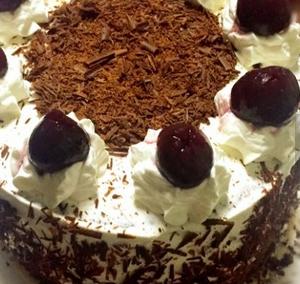 黑森林蛋糕的家常做法