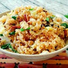 卷心菜焖饭(电压锅版)的做法