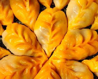 胡萝卜柳叶煎饺的家常做法