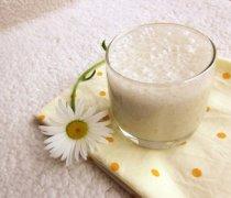 【香蕉牛奶可以减肥吗】香蕉牛奶怎么做_香蕉牛奶可以美白吗