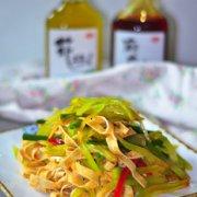 麻辣豆腐笋丝的做法