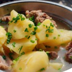 土豆炖骨头