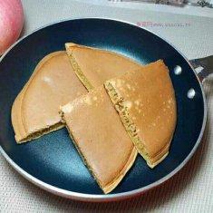 养颜之红糖鸡蛋饼的做法