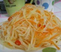 【胡萝卜和土豆能一起吃吗】胡萝卜能和鸡蛋一起吃吗_胡萝卜不能和什