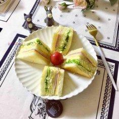 火腿芝士蛋三明治的做法