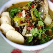 【酸菜鱼头的做法】酸菜鱼头的家常做法