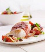 【鳕鱼怎么做给宝宝吃】鳕鱼的营养价值与功效_鳕鱼哪些人不适宜食用