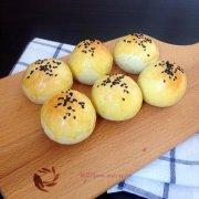蛋黄酥(黄油版)的做法