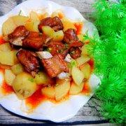 土豆蒸排骨的做法